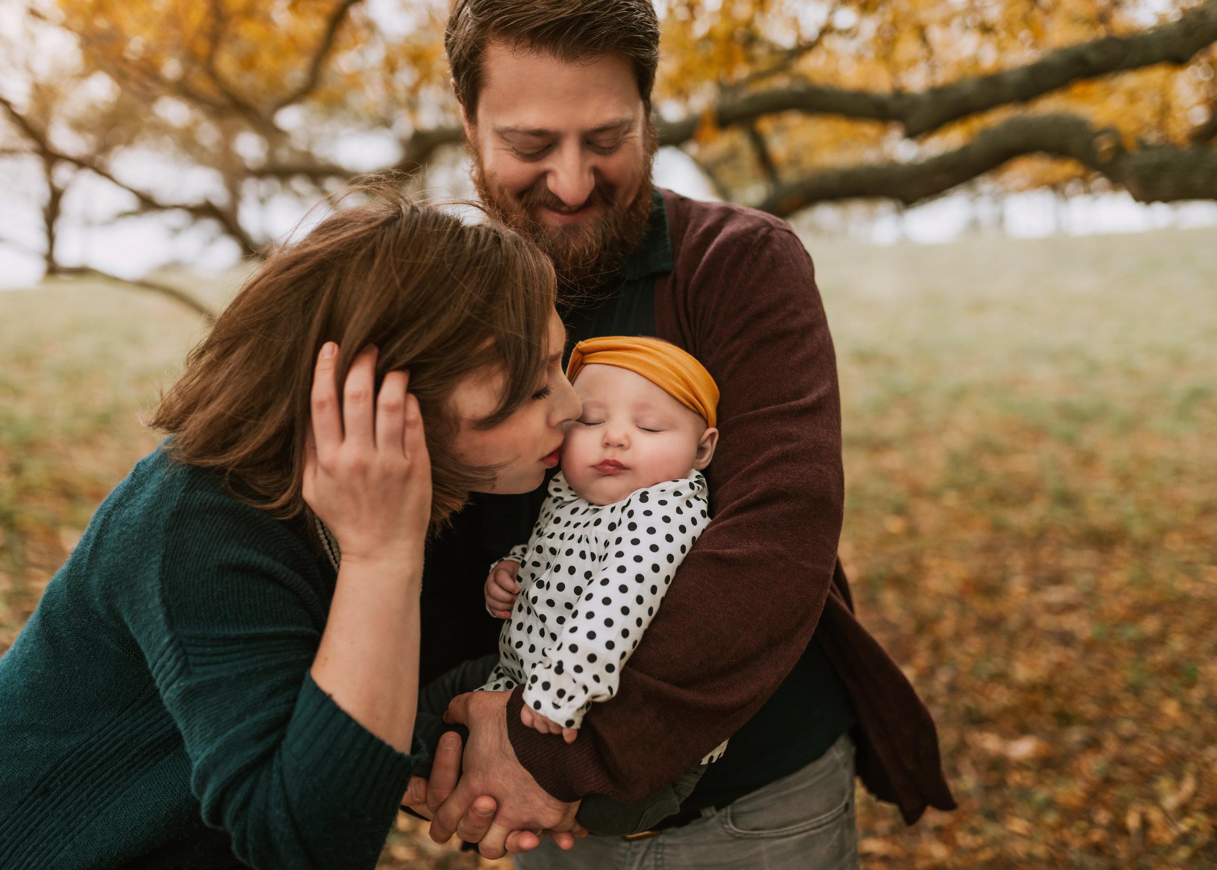 boston-fall-family-baby-photographer.jpg