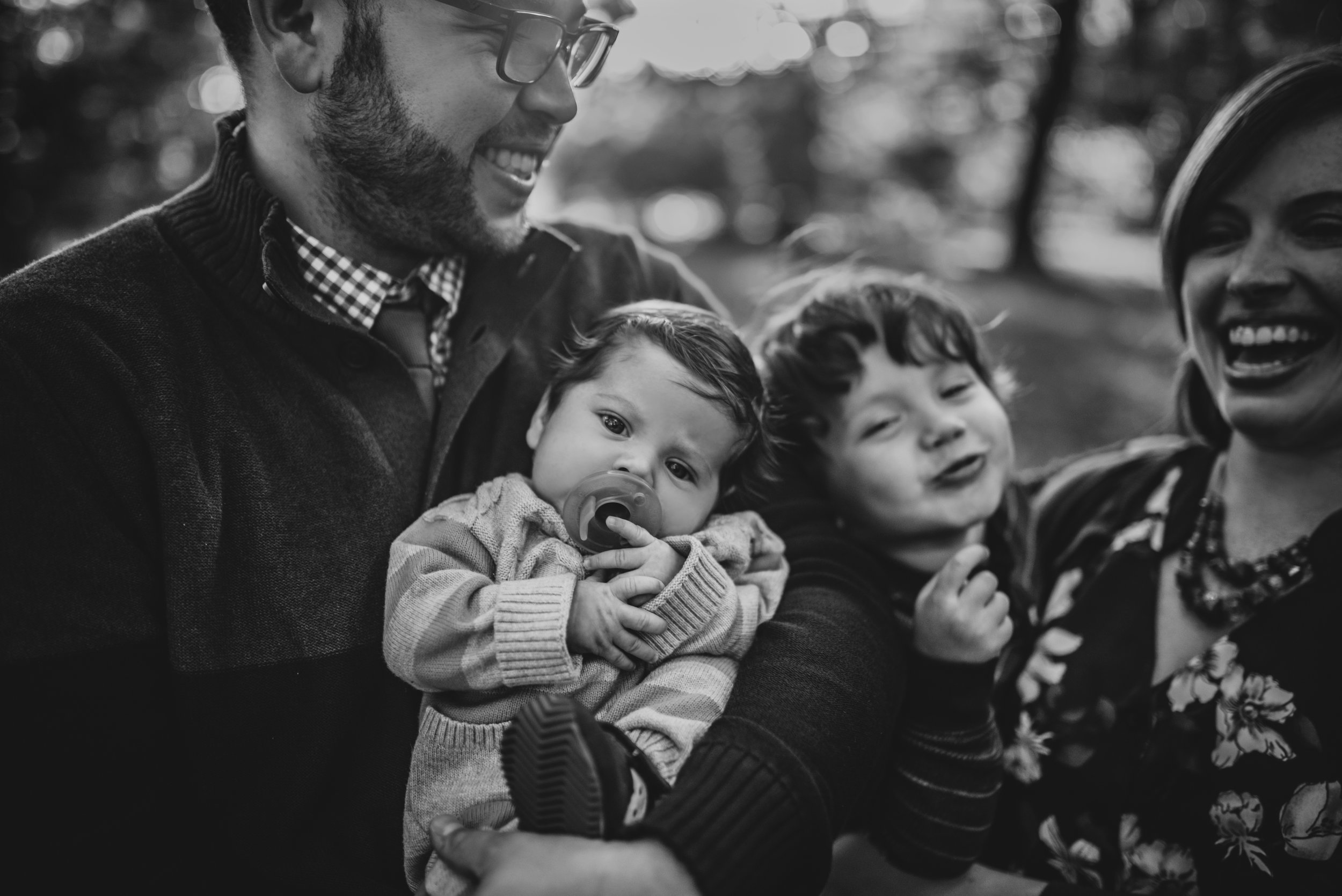 Fun and Relaxed Unposed Family Photos in Boston, MA