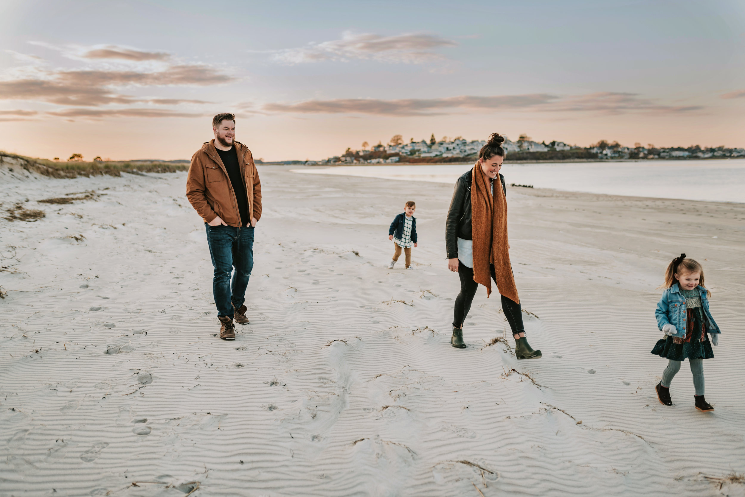 Beautiful and Relaxed Unposed Family Photos at Crane Beach