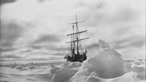 The Endurance trapped in the ice before reaching Antarctica. Photo from scienceonscreen.org