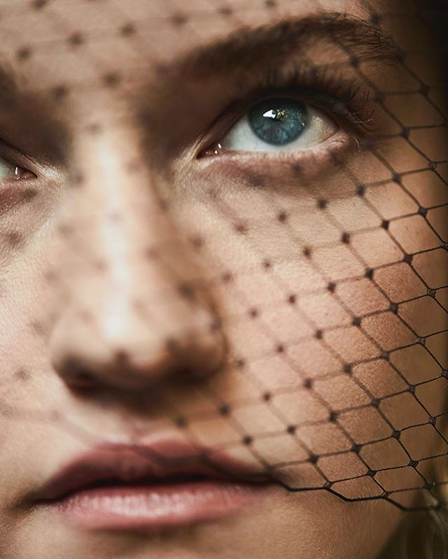 Julia Garner @juliagarner94 for the April issue of @fashioncanada. Creative Director @briteccles, styled by @michyburatti, makeup by @misha212, hair by @bobbyeliot, manicure by @luxebytracylee, video by @capitalarts. @homeagency @emmatron___  #juliagarner #ozark #fashioncanada #owenbruce #ruthlangmore #dirtyjohn #netflix