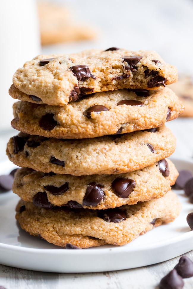 vegan-chocolate-chip-cookies-8.jpg