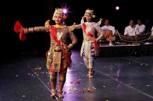 Cambodian Cultural Dance Troupe performs