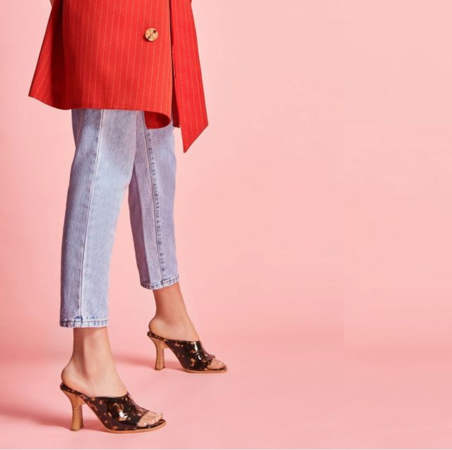 Style in spades. [Juncture: Jaggar : Online & In Store] www.hugosheppard.com.au . . . . #fashion #feminine #hugosheppard #shoes #styling #melbourne #trending #fashionblogger #blogger #style #design #inspiration #instashoes #streetstyle #footwear #shoestyle #heels #flats #fashionable #styleblogger #fashion #emporiummelbourne #macquariecenter #basics #sydney #travelshoes #womenshoes