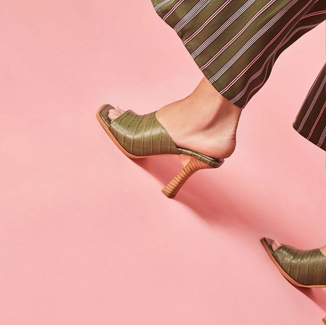 Meet at the corner. [Juncture: Jaggar : Online & In Store] www.hugosheppard.com.au . . . . #fashion #feminine #hugosheppard #shoes #styling #melbourne #trending #fashionblogger #blogger #style #design #inspiration #instashoes #streetstyle #footwear #shoestyle #heels #flats #fashionable #styleblogger #fashion #emporiummelbourne #macquariecenter #basics #sydney #travelshoes #womenshoes
