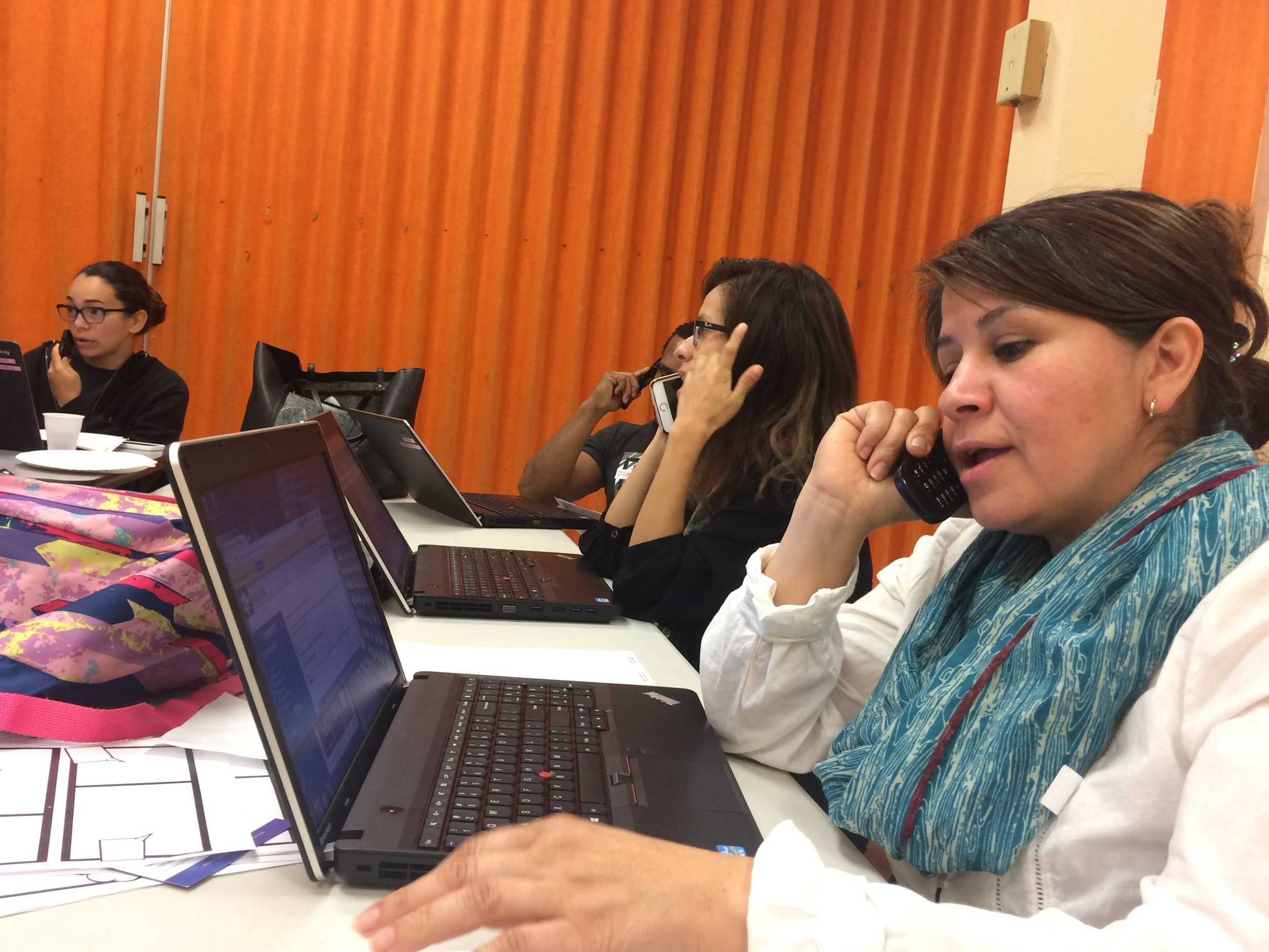 Parent Leaders call voters on the HubDialer