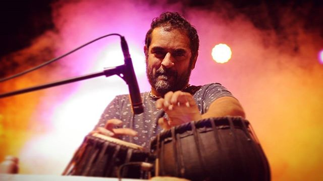 An insane set by #karshkale with the #karshkalecollective at the #RoyalEnfield #RiderMania.  #RoyalEnfieldIndia #bullet #rideslikeabullet #shoot #Vagator #Goa #goatourism #incredibleindia #incredibleindiaofficial  #gig #fusion #electronic #rock #tabla #maestro