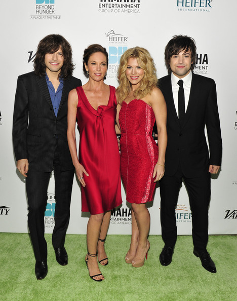 Diane Lane with The Band Perry © Jerod Harris for Heifer International
