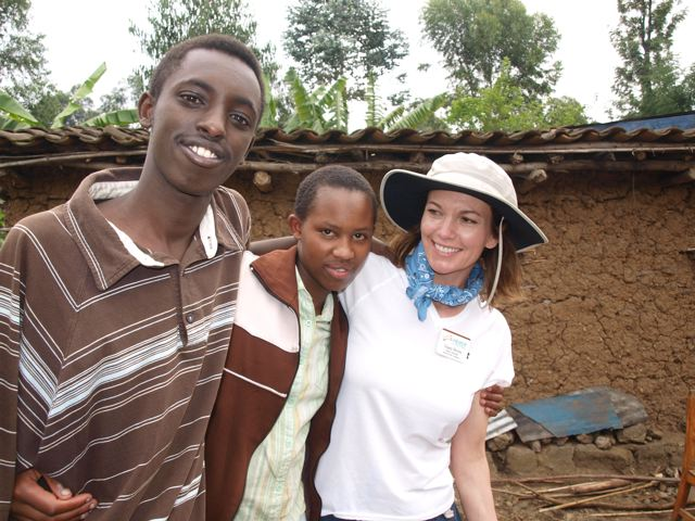 Diane and two Rwandan teens.jpg