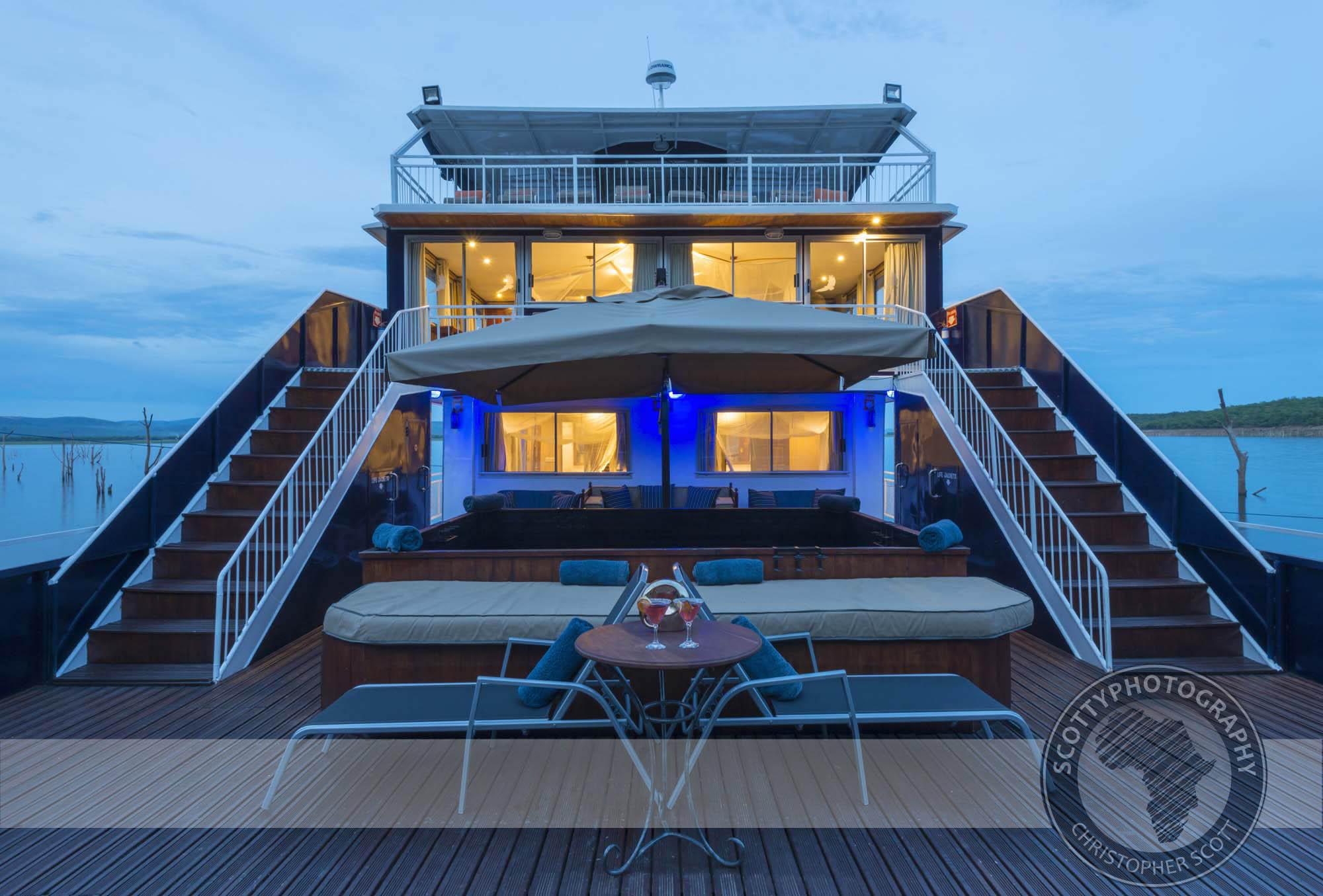 Zambezi Lifestyle Cruises (2).jpg