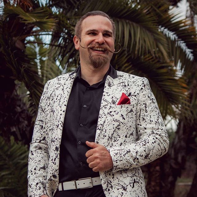 Feeling retro, might delete later ✌😘 Follow @songstruckdj for my DJ journeys with weddings and events in SoCal, Baja, and Europe! Got some big plans, travel and surprises lined up this year!  #mustachebash #stachegamestrong #jacksonpollock #mustacheparty #styleonpoint
