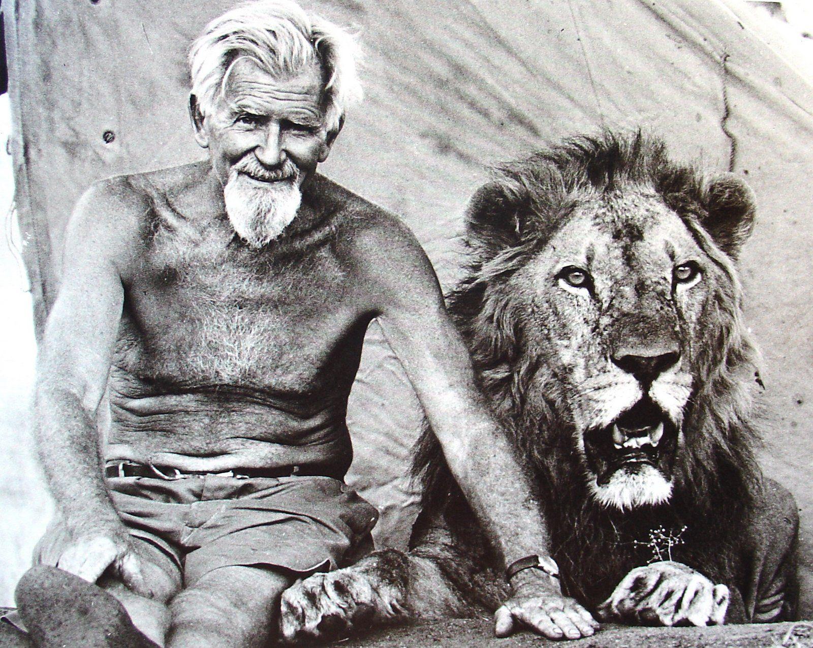 GA & Lion.jpg