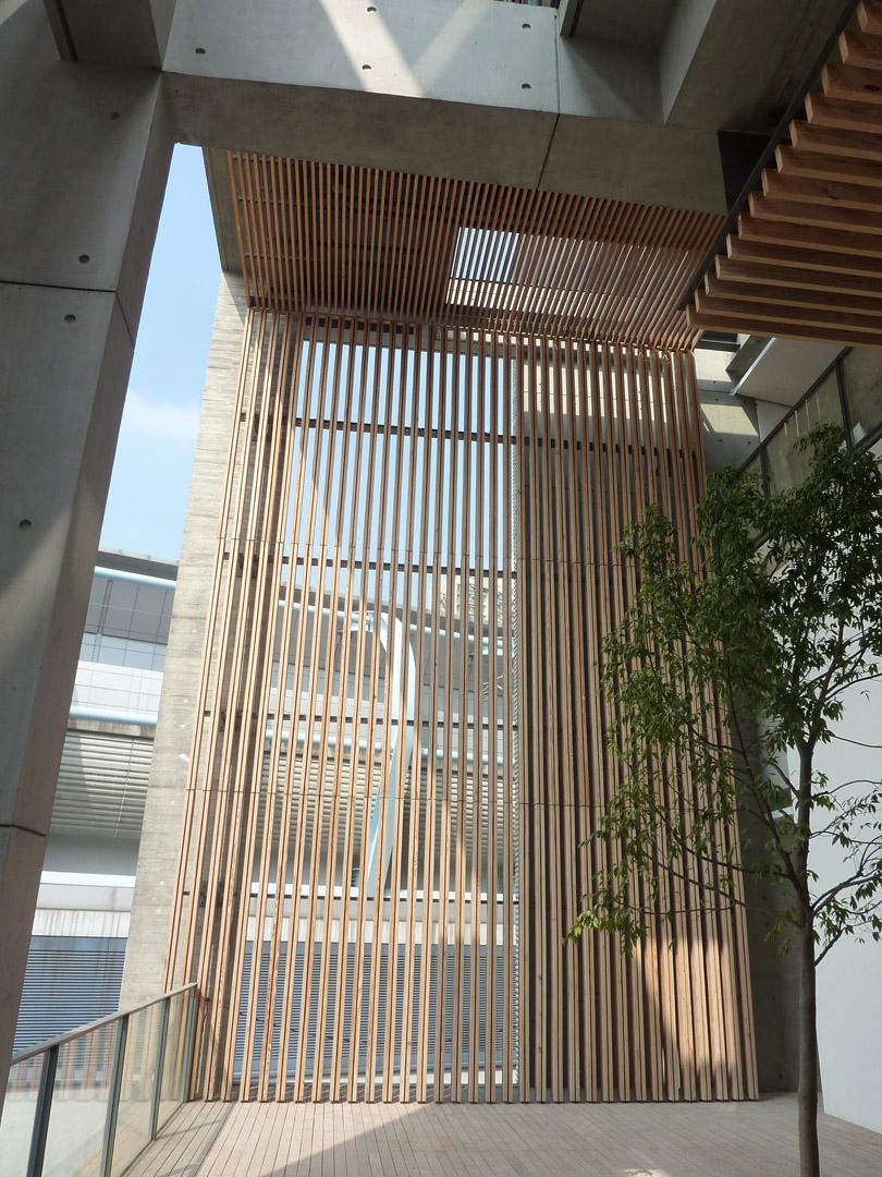 Tin Shui Wai Sports Centre_P1090902.jpg