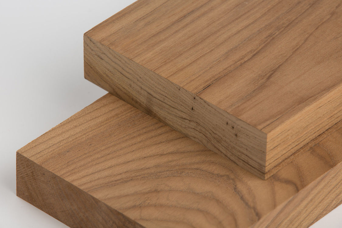 Hardwood - Hardwood has been a popular choice of timber for its durability and strength.Recommended species for outdoor are IPE, Cumaru, Teak and Jarrah. IPE is tried and proven in performance and it is also fire resistant due to its dense structure.