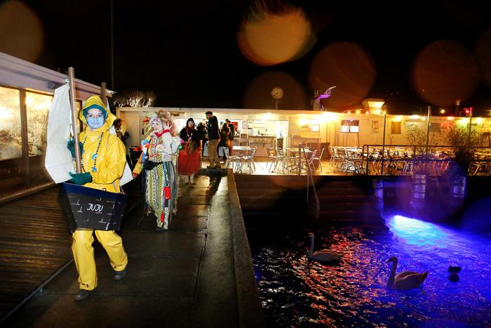 carnaval_bains_des_paquis_081.jpg