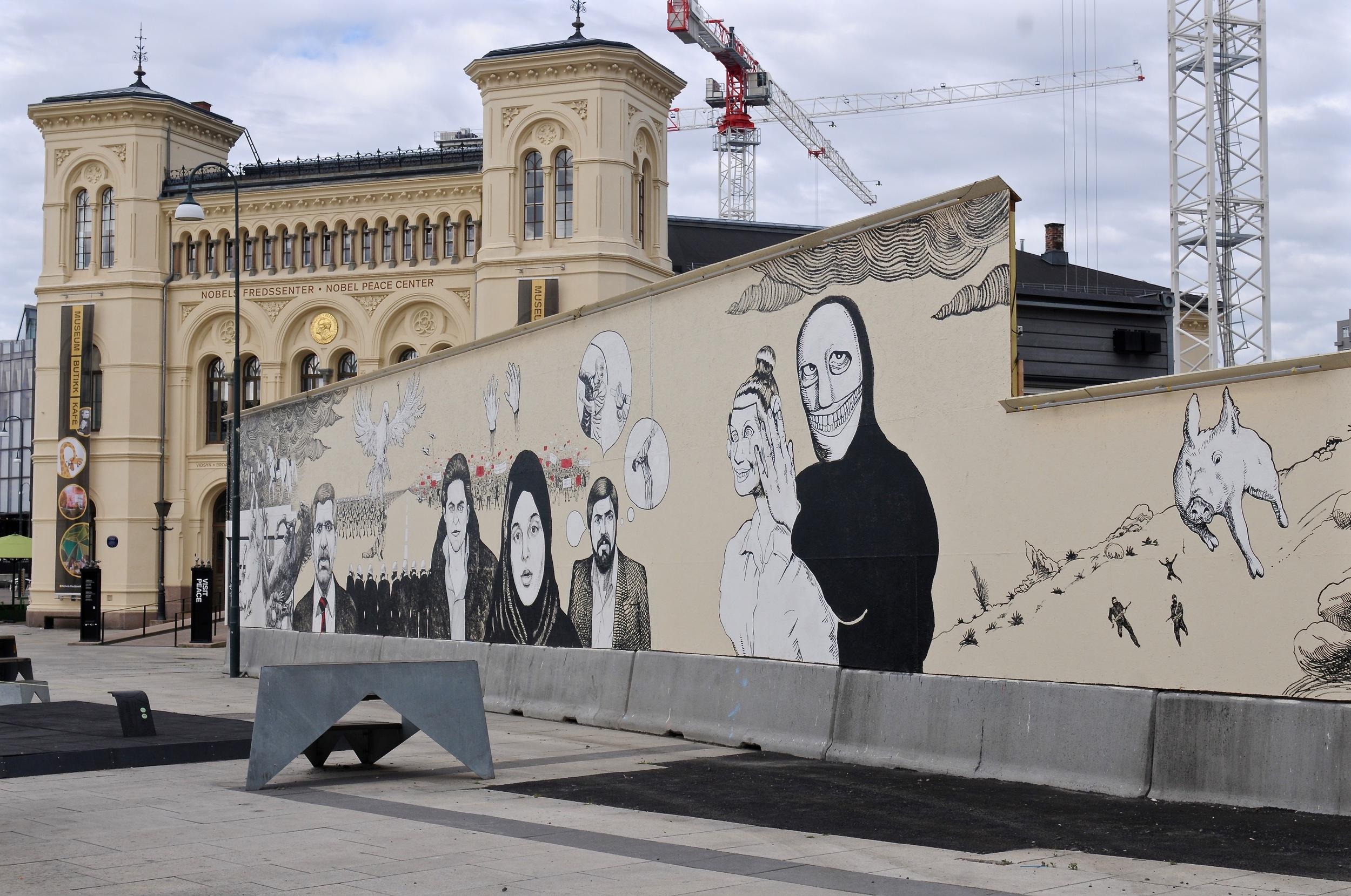 I juni 2016 ble et nytt verk laget påbyggegjerdet utenfor Nobels Fredssenter. Verket Unknown Numbers er viet ytringsfriheten og består av store, monumentale portretter av ytringsfrihetsforkjempere og grafiske kommentarer til ytringsfrihetens kår i verden idag.  Les mer.