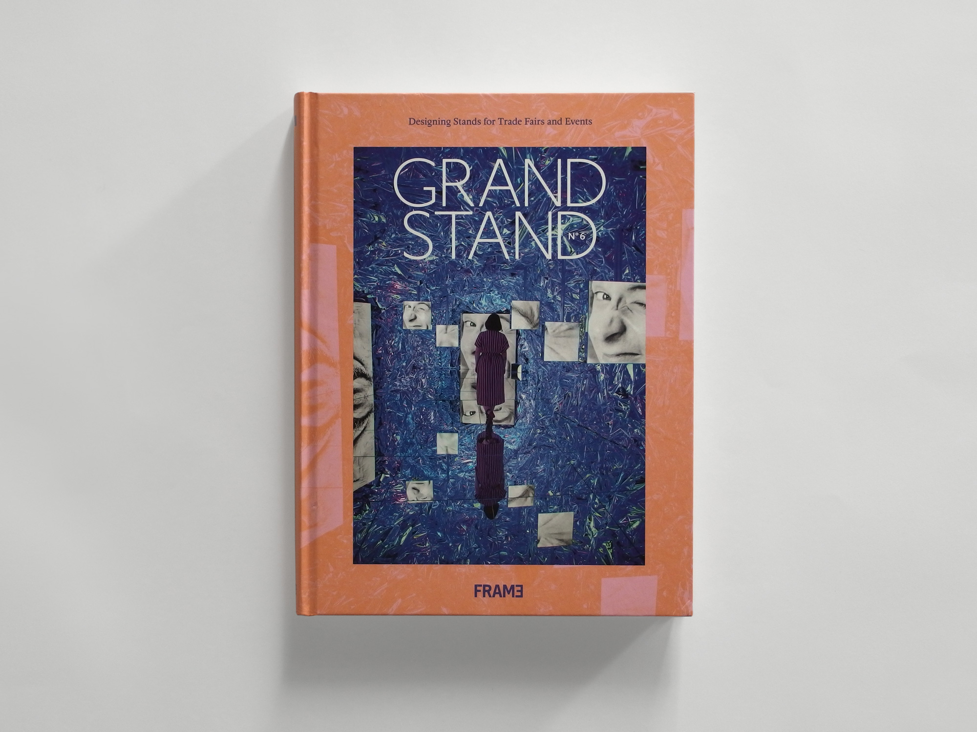 GRAND STAND