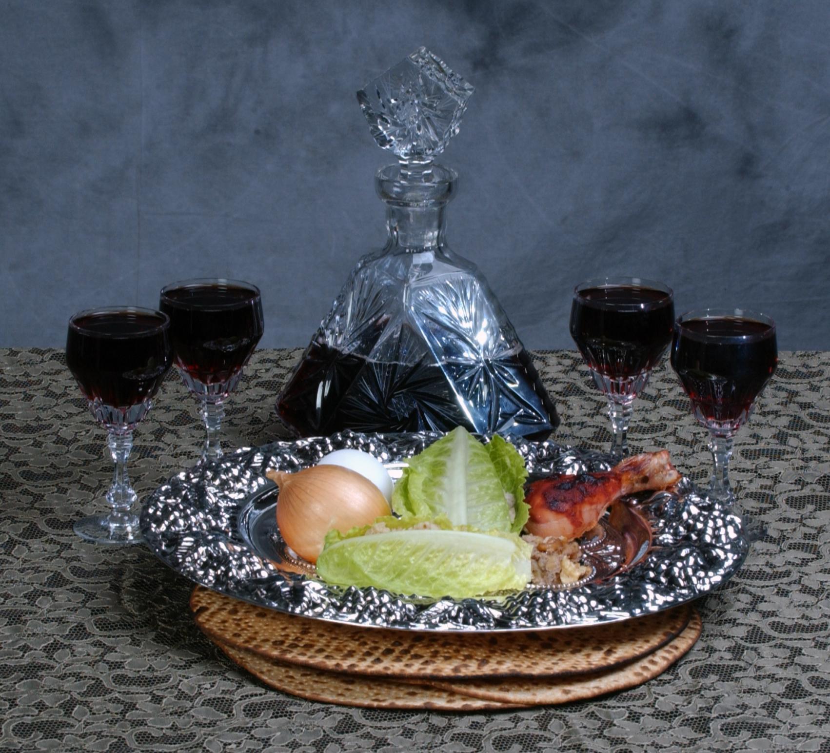 passover-series-the-seder-1-1528687.jpg