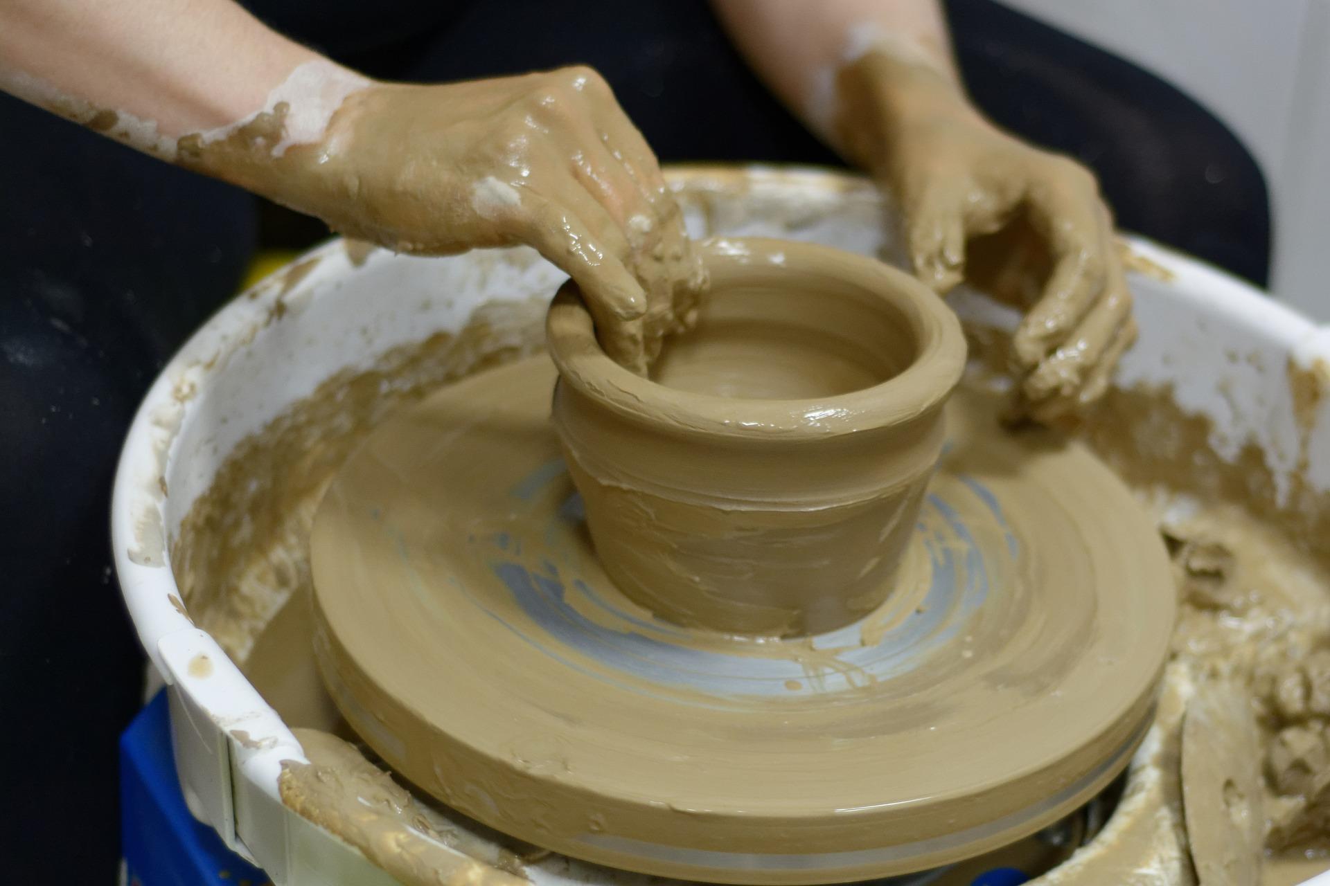 ceramics-3199006_1920.jpg