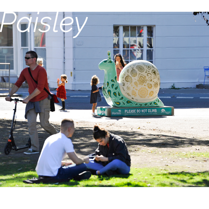 Sept - Paisley welcomes visitors