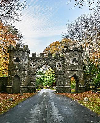 belfast-northern-ireland-tollymore-park-gate.jpg