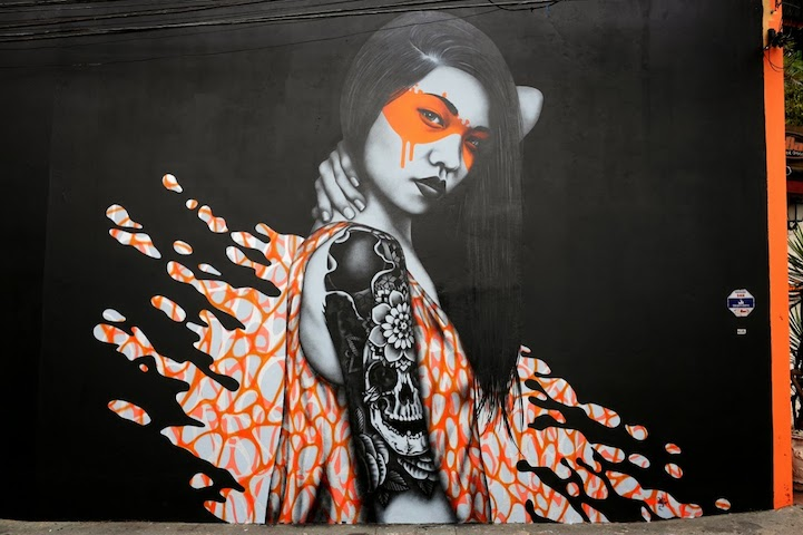 Art from  Splash , a street art piece in Brazil by artists Fin DAC and Angelina Christina