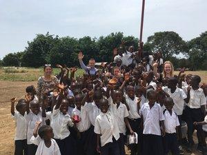 """Liberia   - il progetto """"corso di apprendimento intensivo"""" ha portato 2000 bambini entro due mesi all'apprendimento del materiale didattico  - il governo liberiano ha assegnato altre 11 scuole al progetto Partnership Schools Liberia (PSL). Inoltre, a seguito del nostro lavoro abbiamo ricevuto una valutazione molto positiva."""