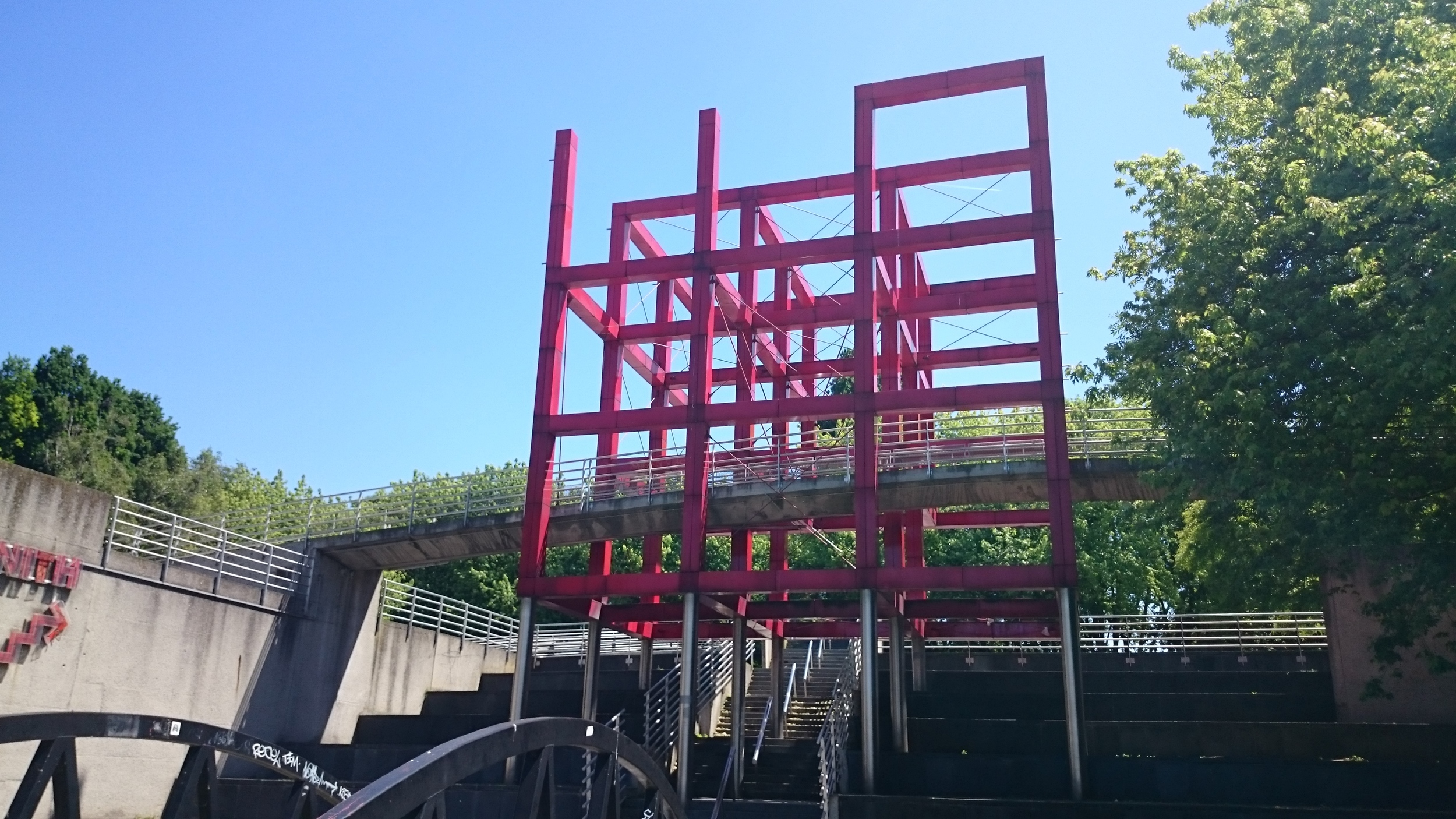 Red Structures by bernard Tschumi