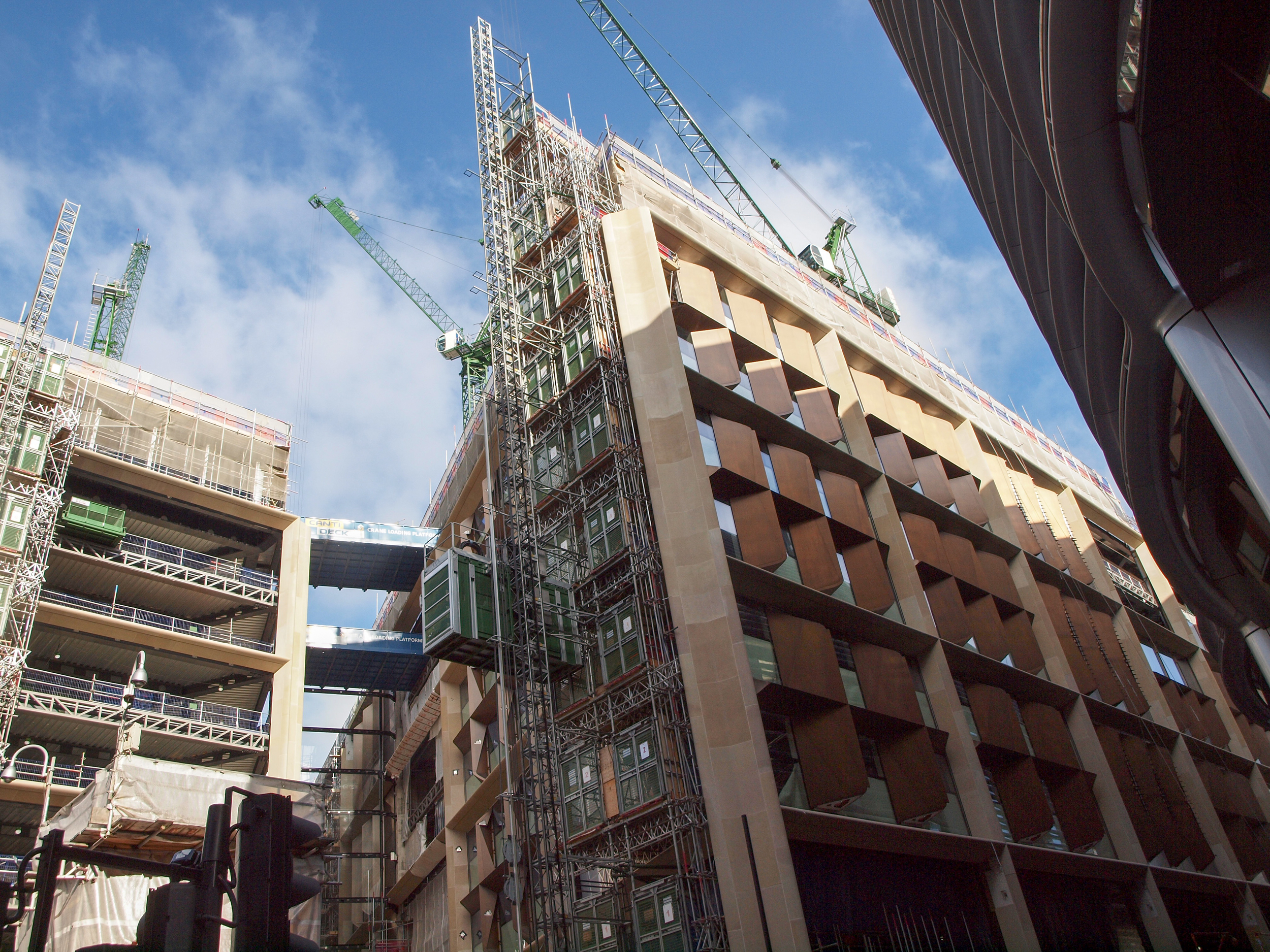 Walbrook Square ( Darth Vadar Helmet) - Norman Foster + Jean Nouvel [Under Construction]