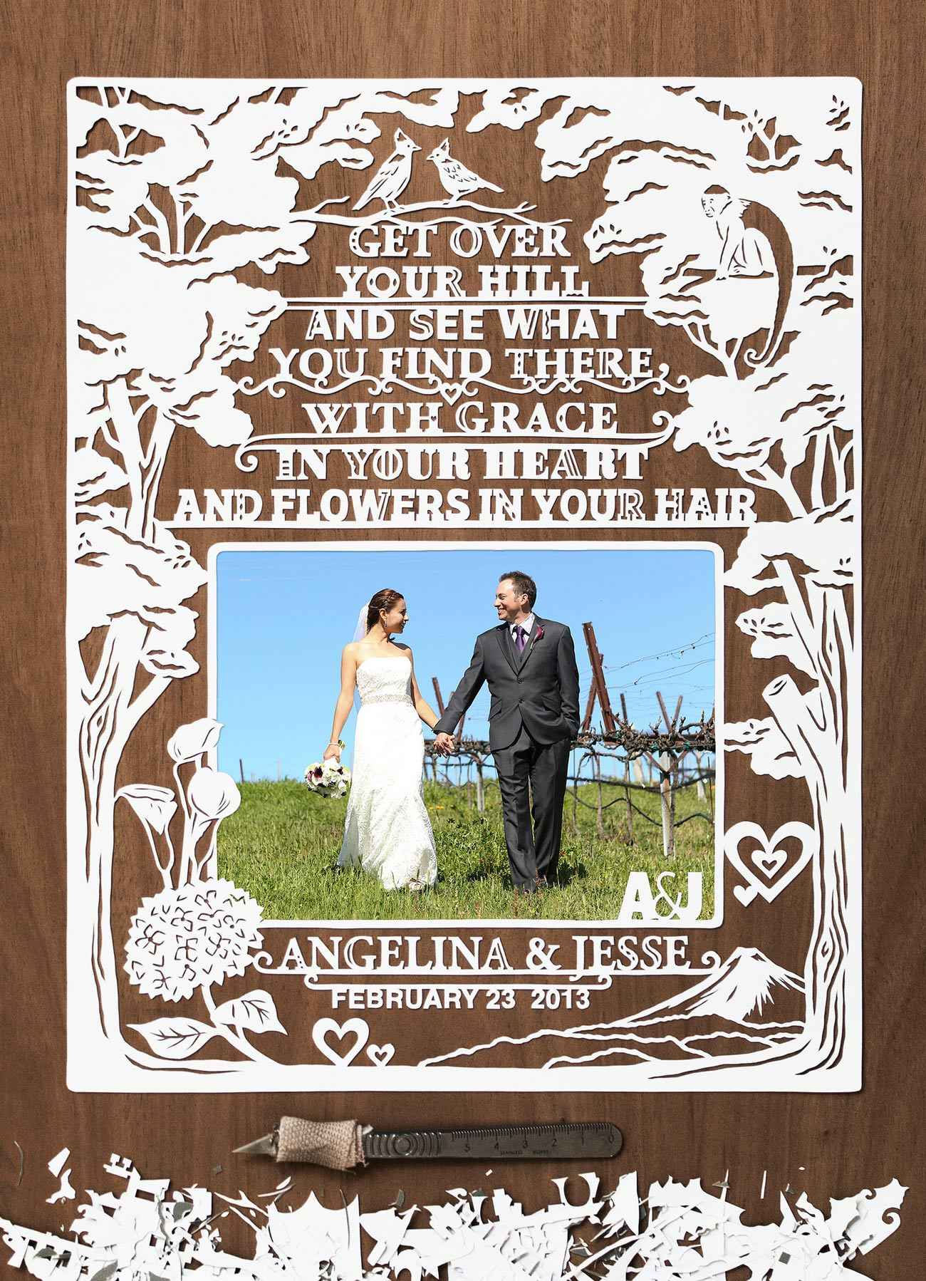 beautiful papercut frame for wedding photo
