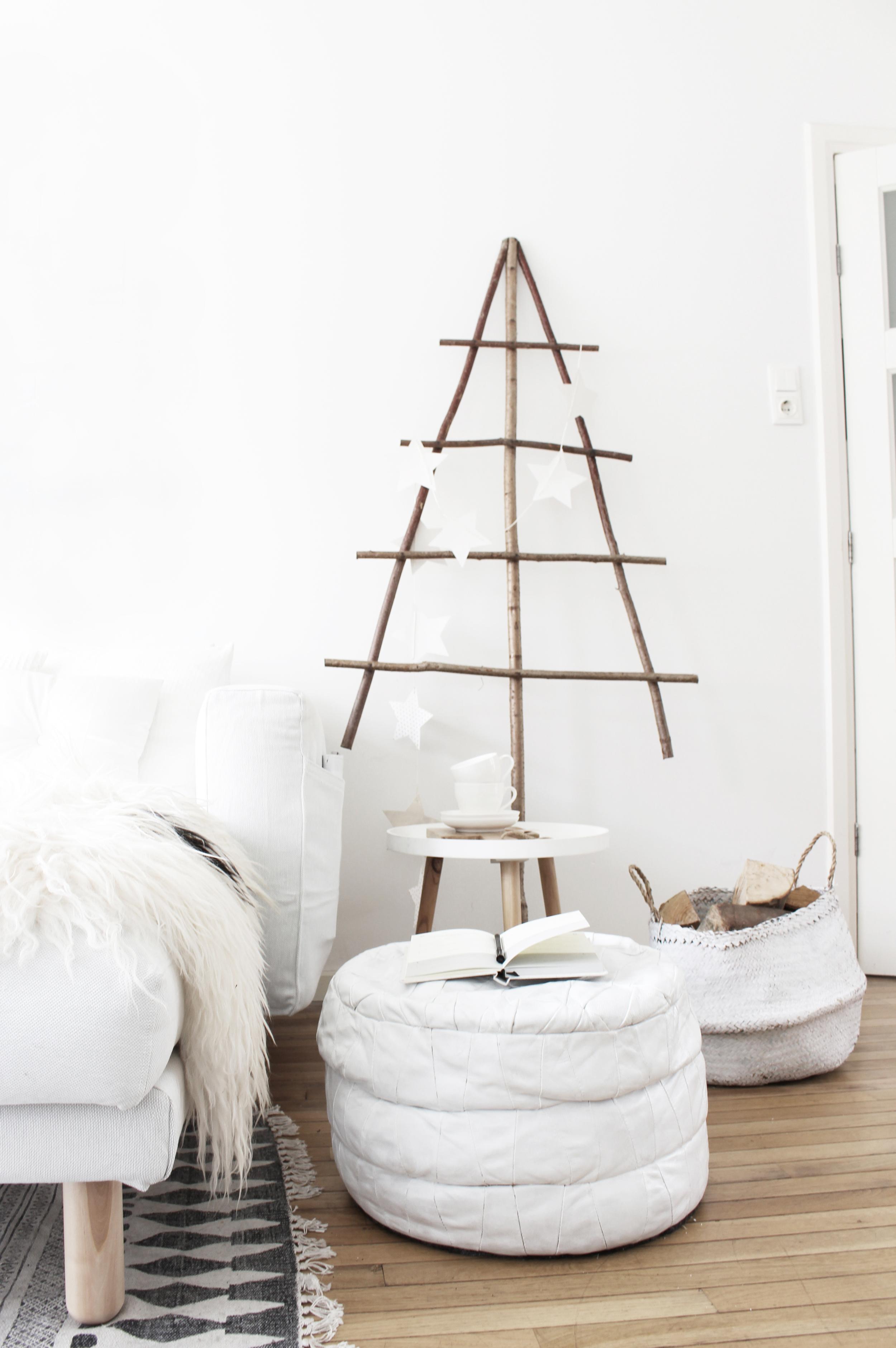 Kerstboom: ByDennis Bank:  Ikea  Kleed:  House Doctor