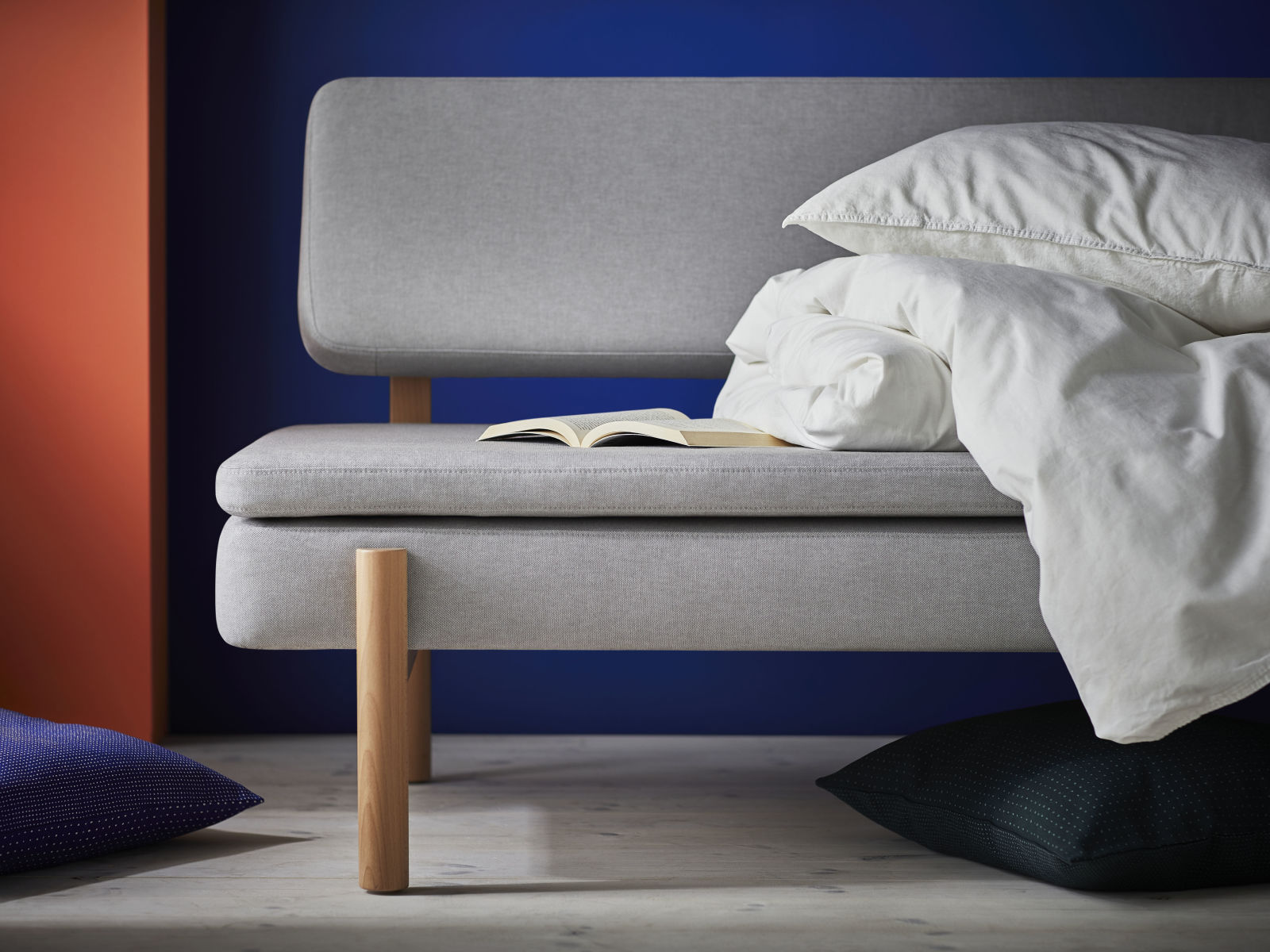 Ikea Metalen Slaapbank.Ikea X Hay Dit Is De Ypperlig Collectie Sevencouches