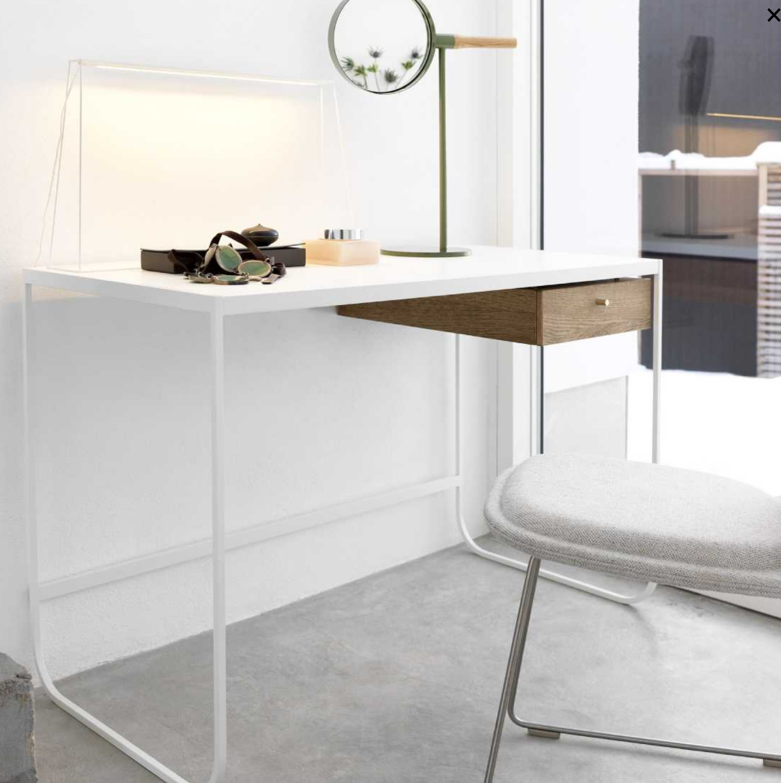 Tati Desk bureau van Asplund