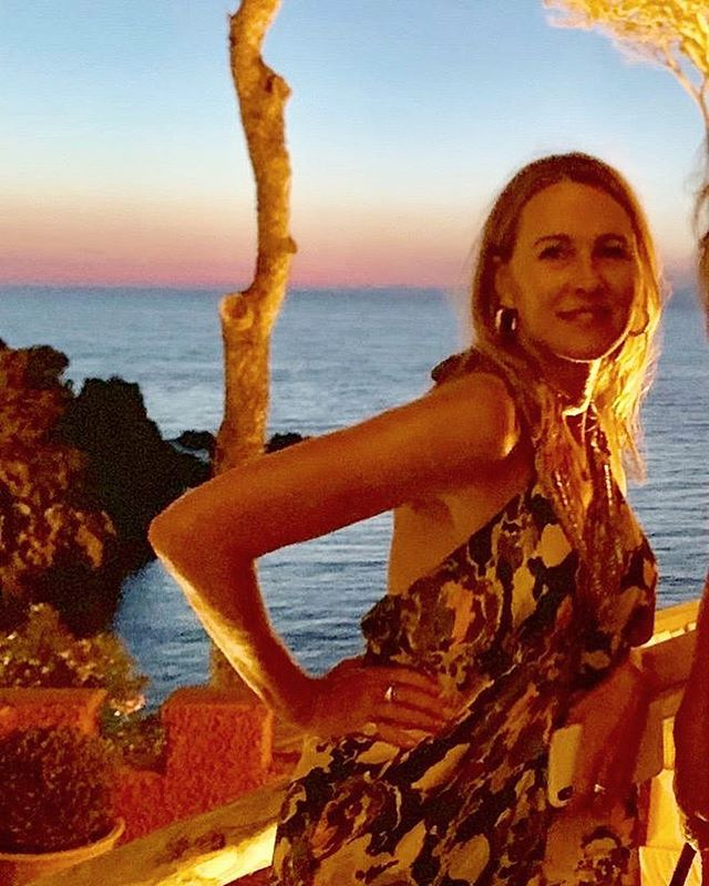 THE GOLDEN HOUR @mezzatorrehotel #ischia #magic #island #italy #dress @driesvannoten #love