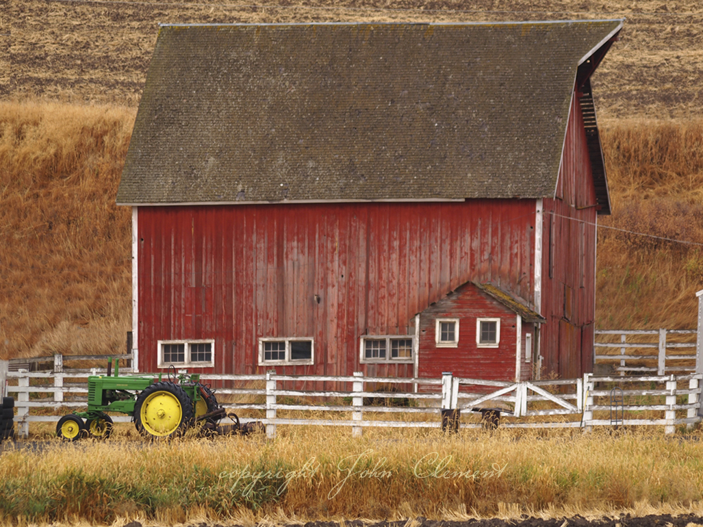 Red Barn n Tractor