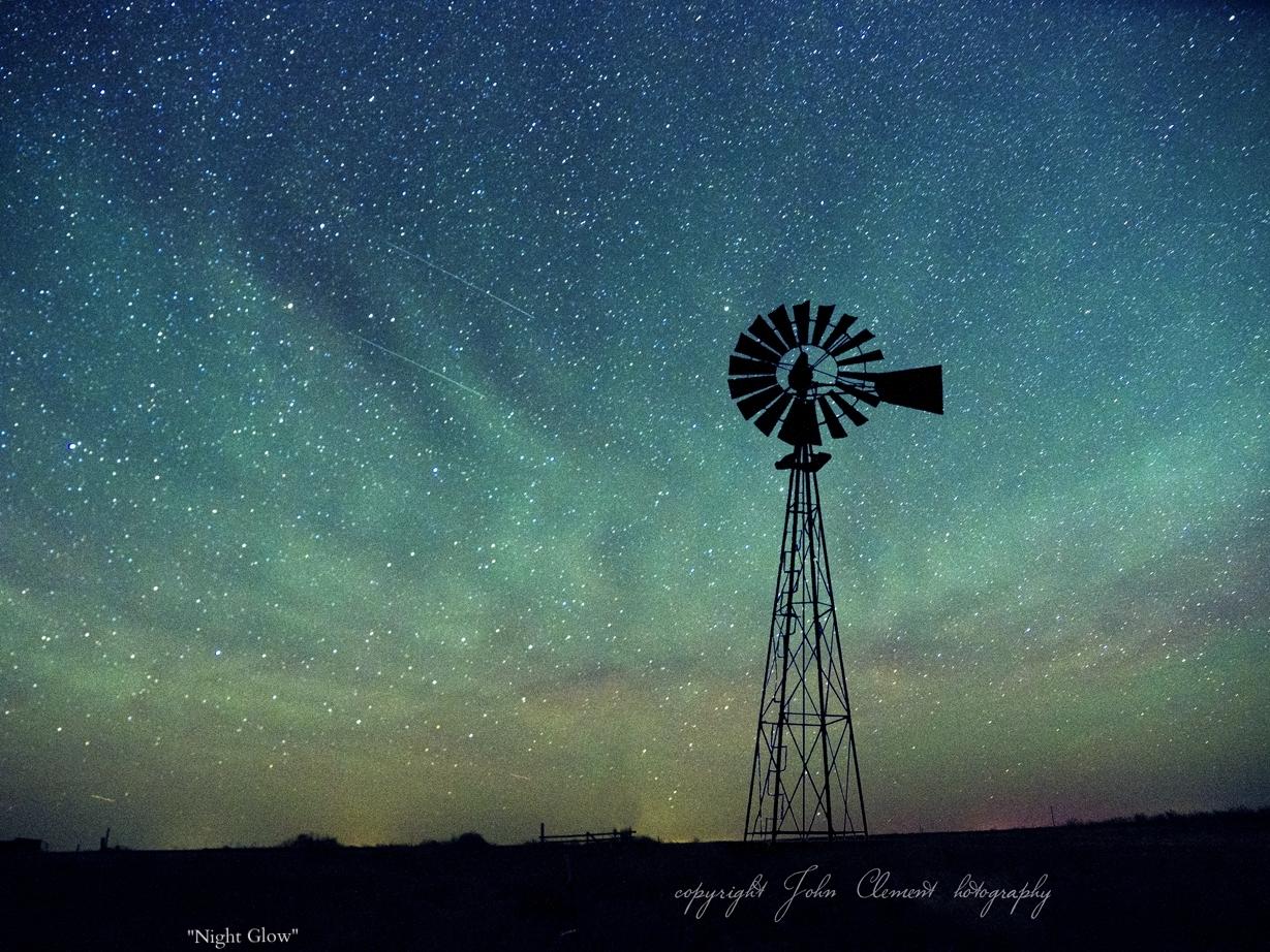 windmill night glow-2.jpg