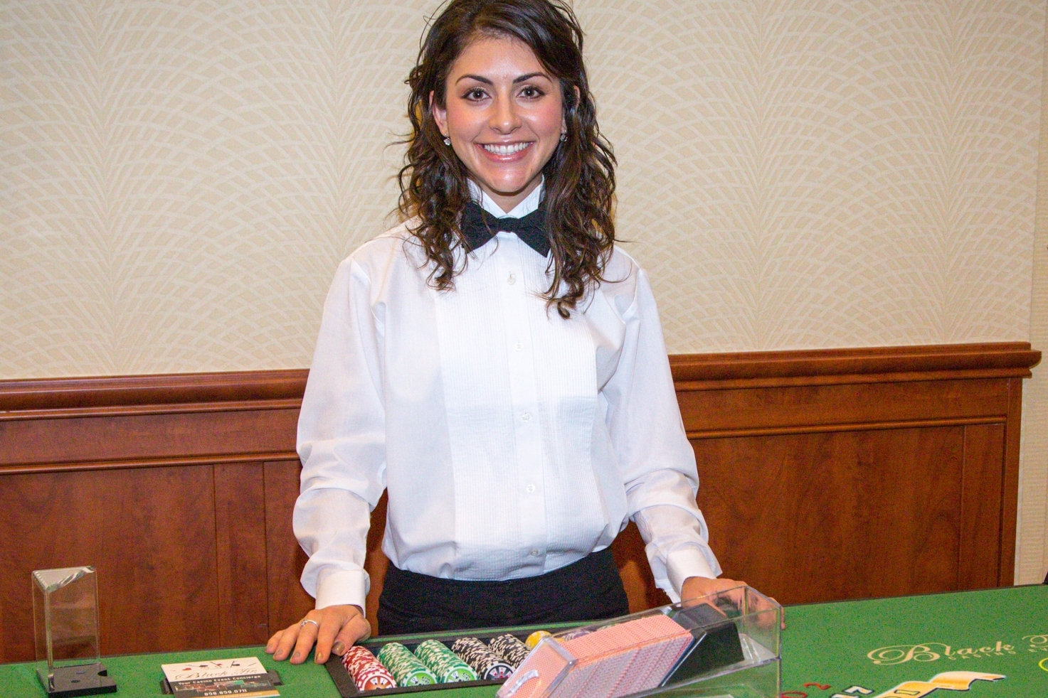 casino dealer girl