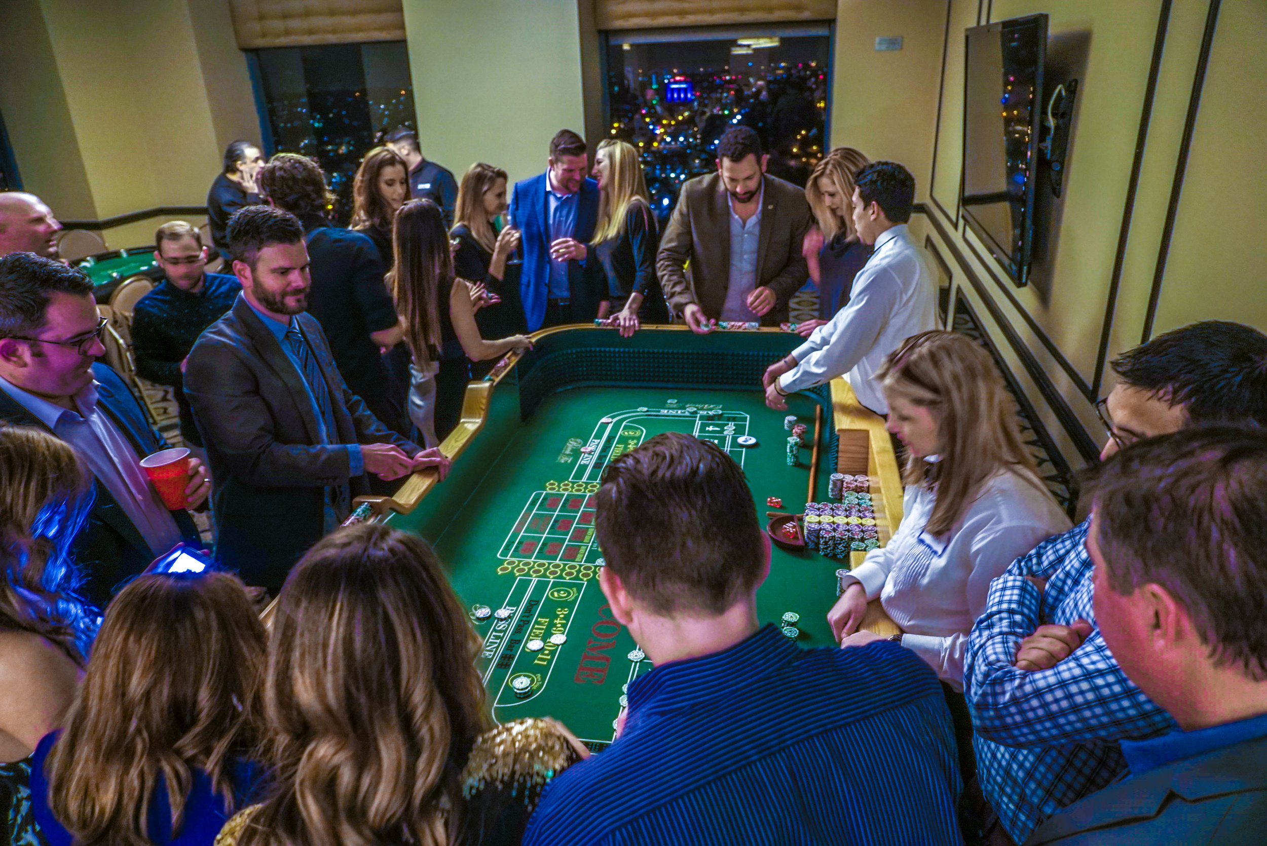 craps table 2.jpg
