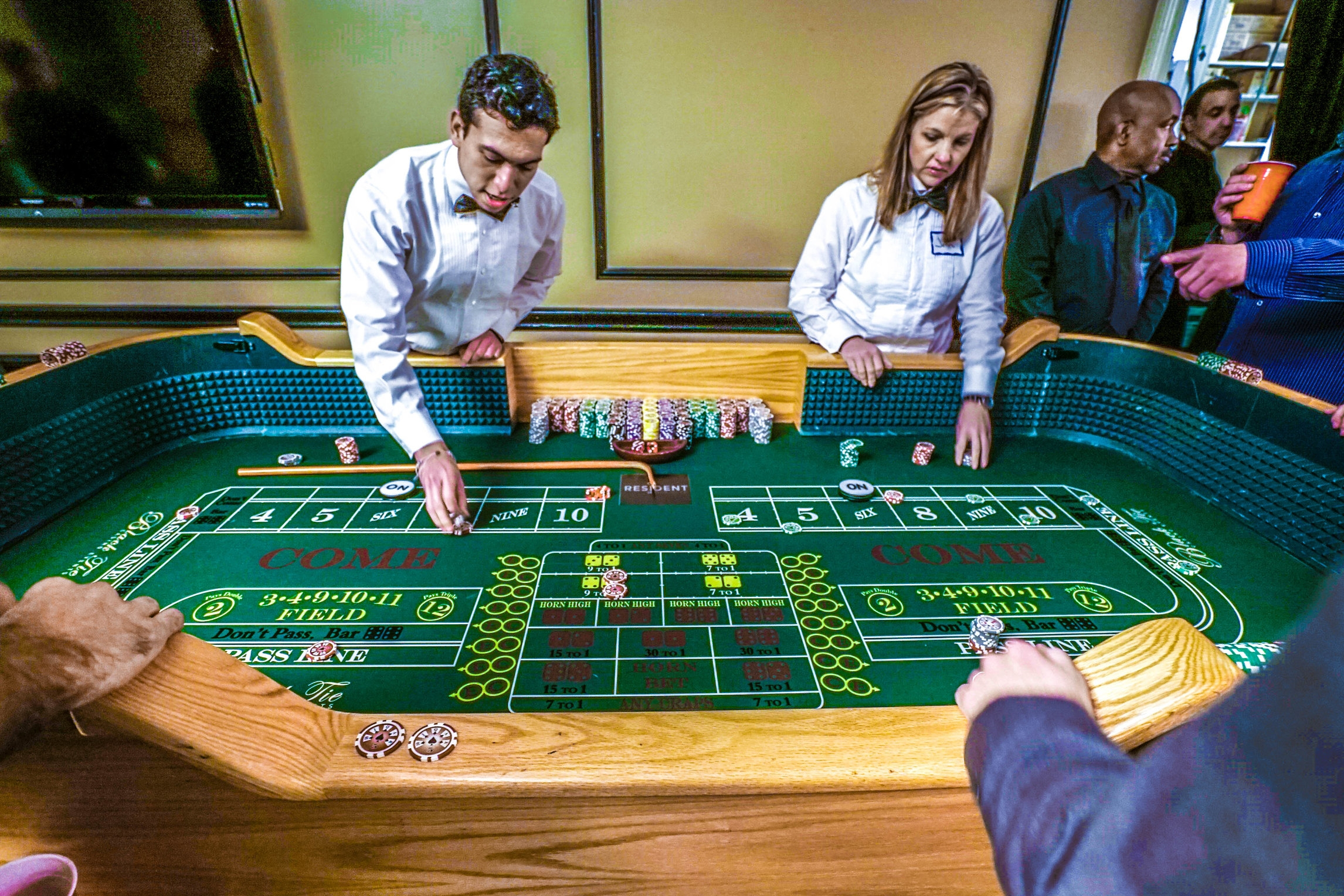 craps table 1.jpg