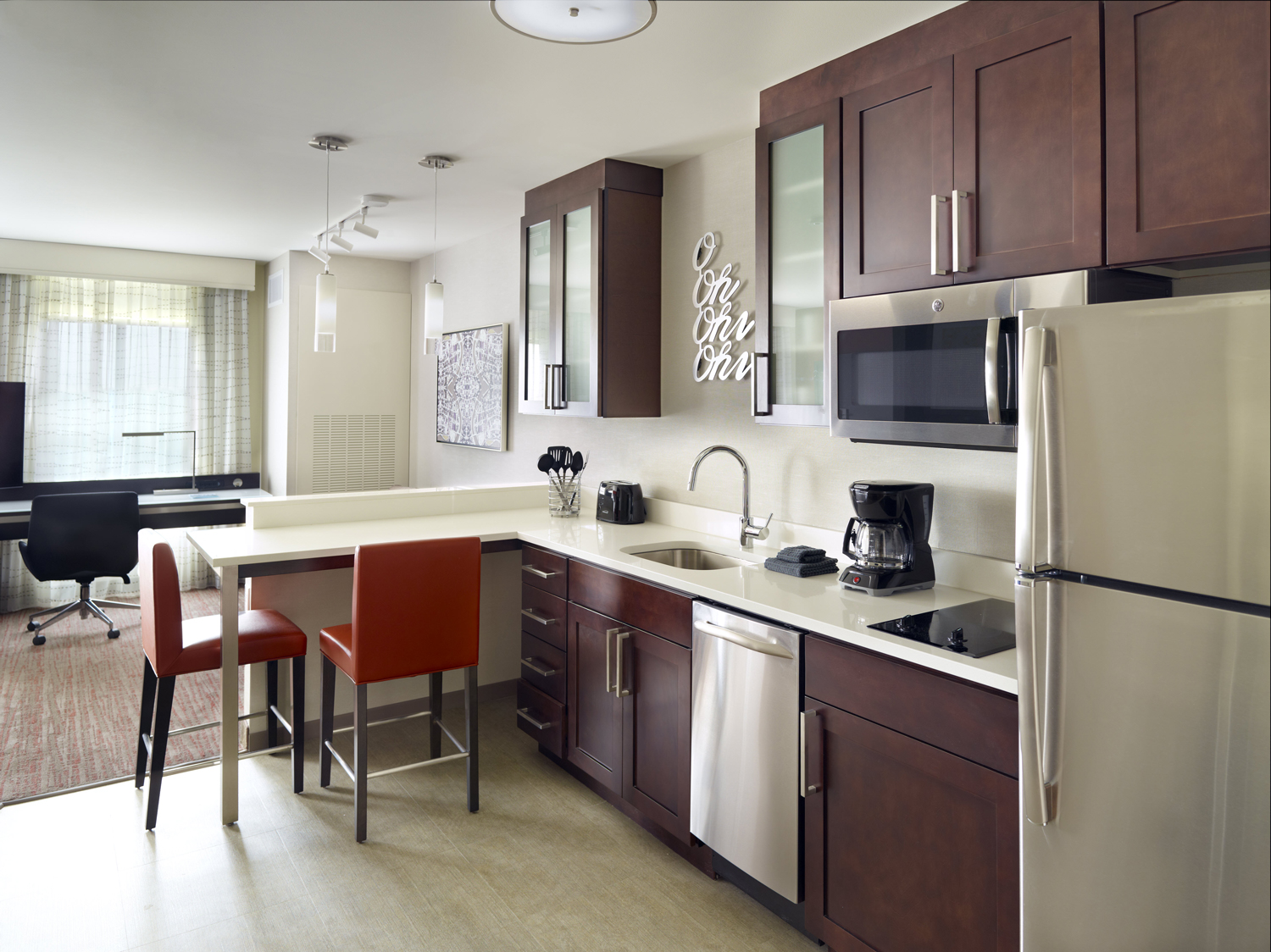 residence-inn-studio-kitchen.jpg