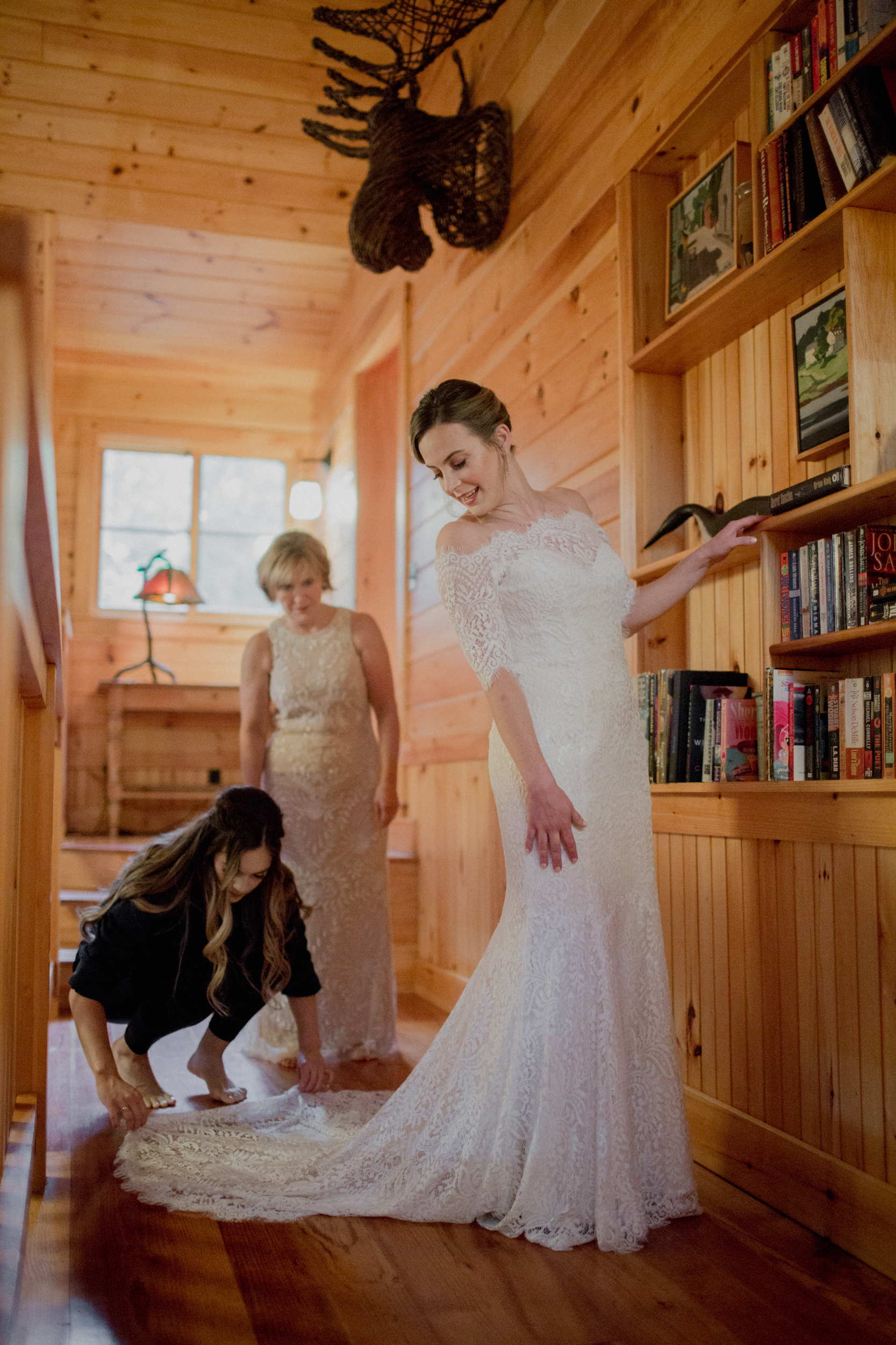 Migis-Lodge-Wedding-40.jpg