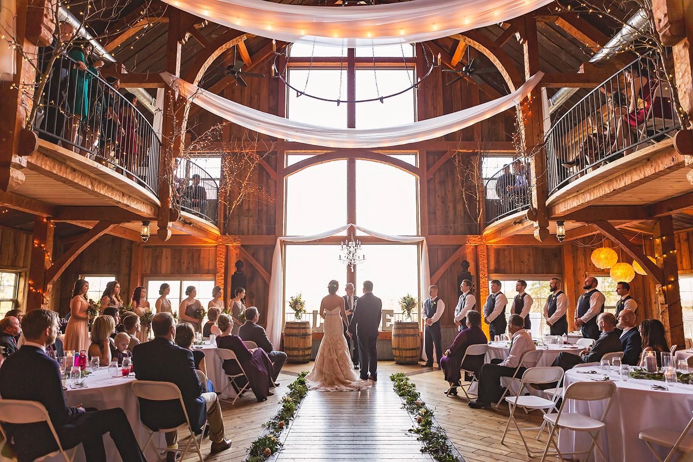 weathered wisdom barn missouri wedding (26).jpg