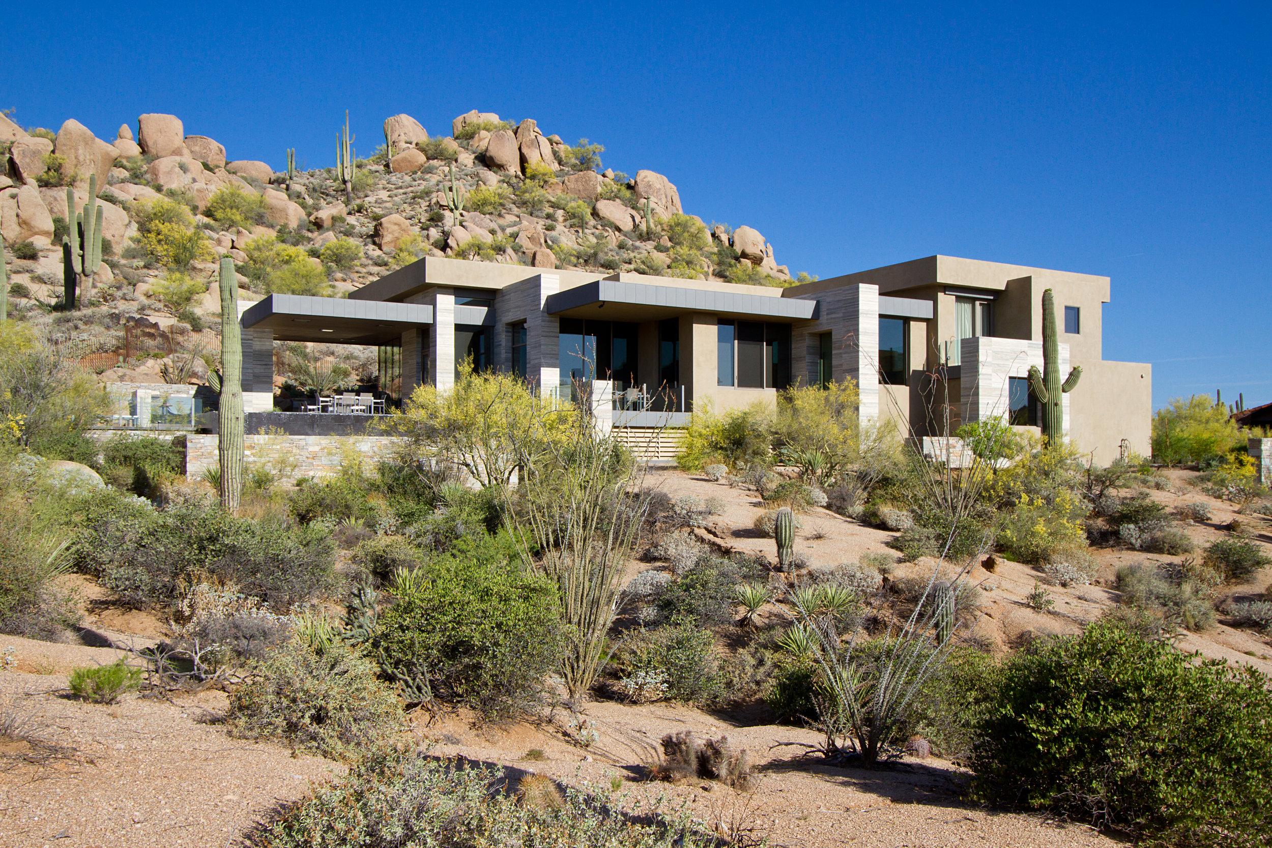 Scottsdale Residence L 2395.jpg