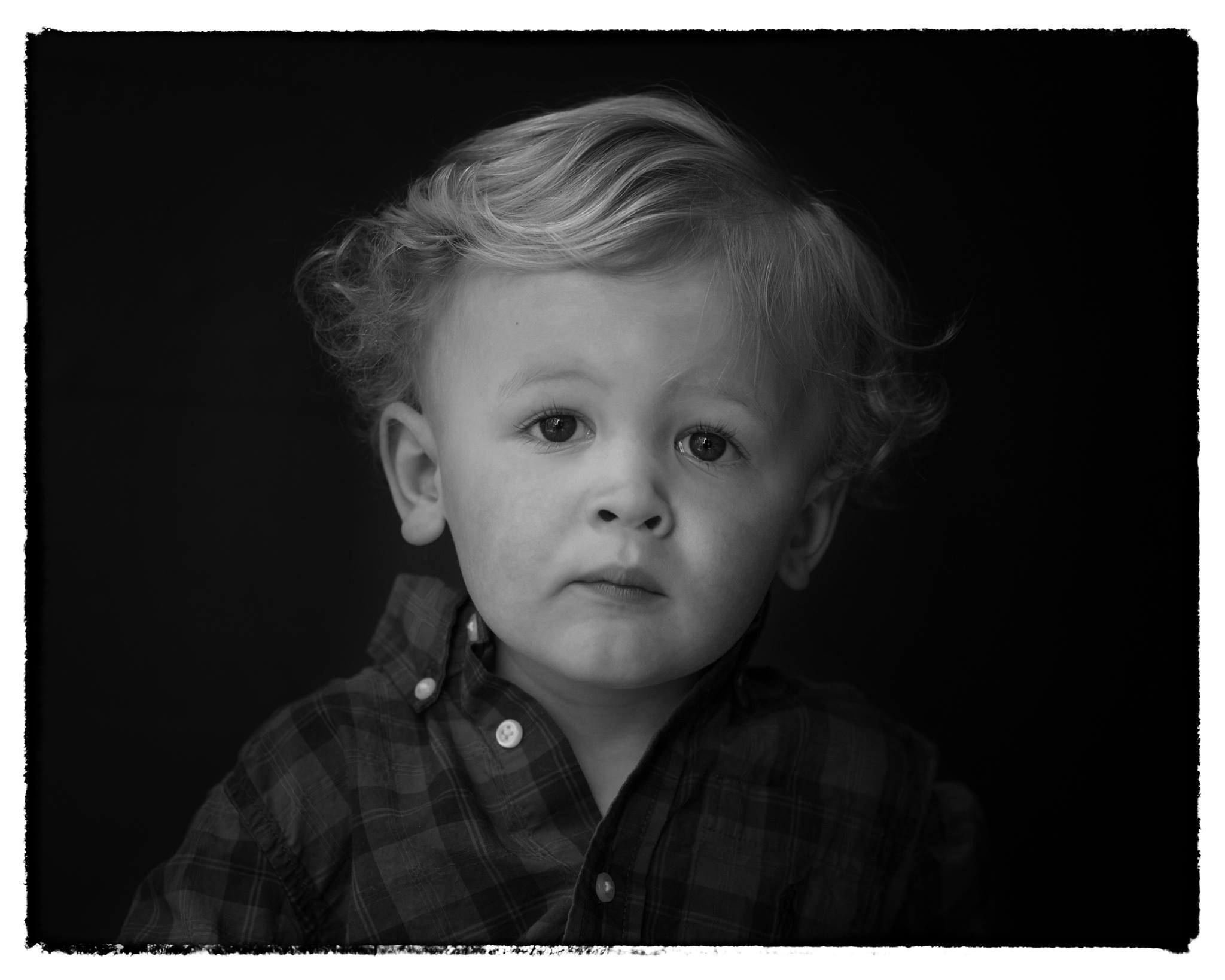 schooled online course fine art black and white child portrait photography kristen vallejo