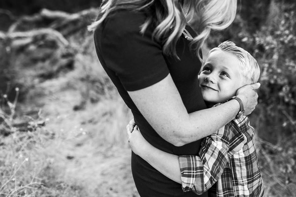 black and white emotive connected family posing photography amy wright