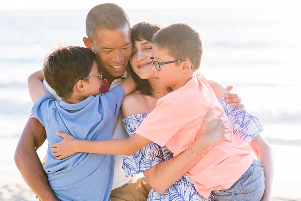 selfimage photography family posing made easy