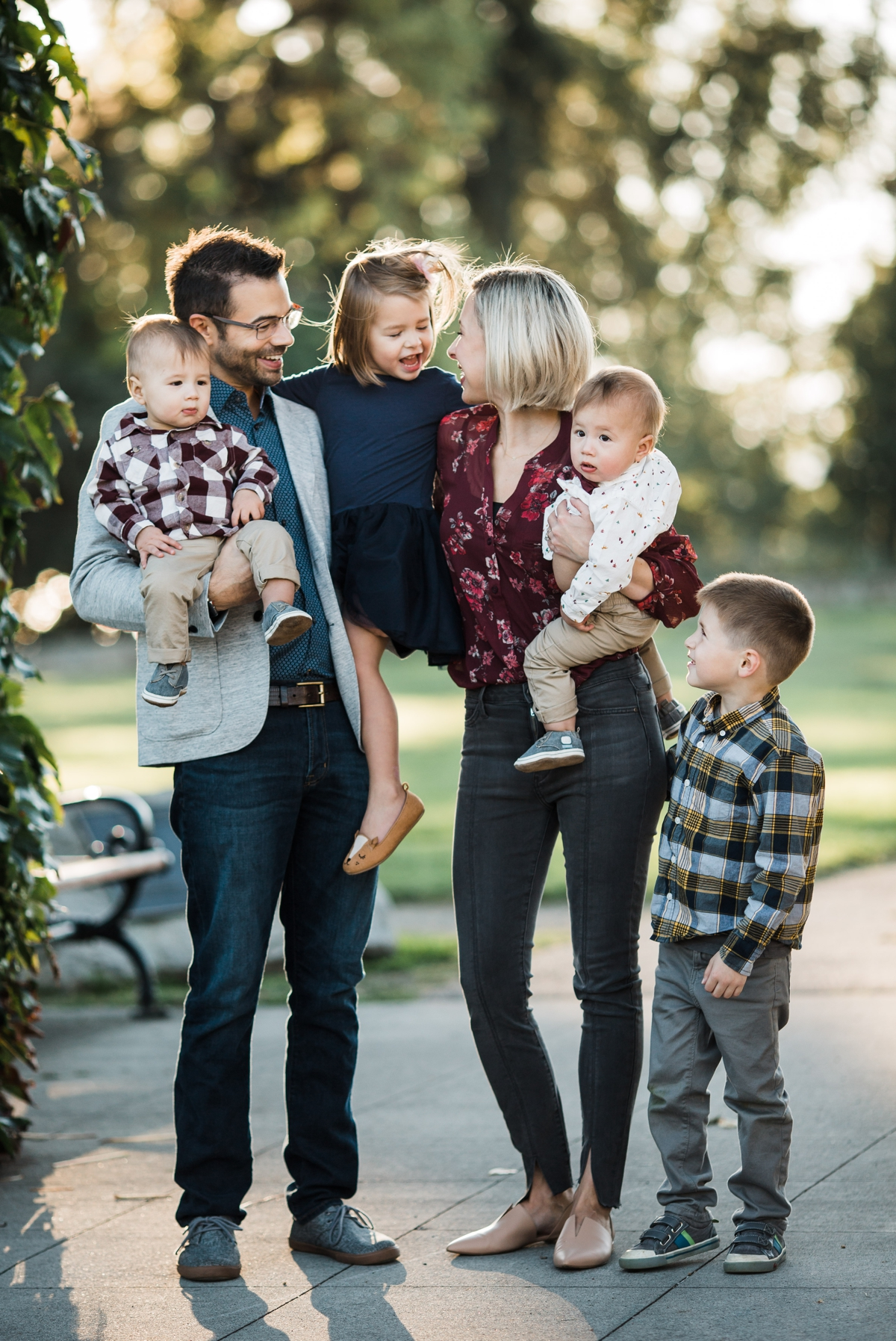 seattle lifestyle outdoor family photographer with big family elena s blair photography 7.jpg