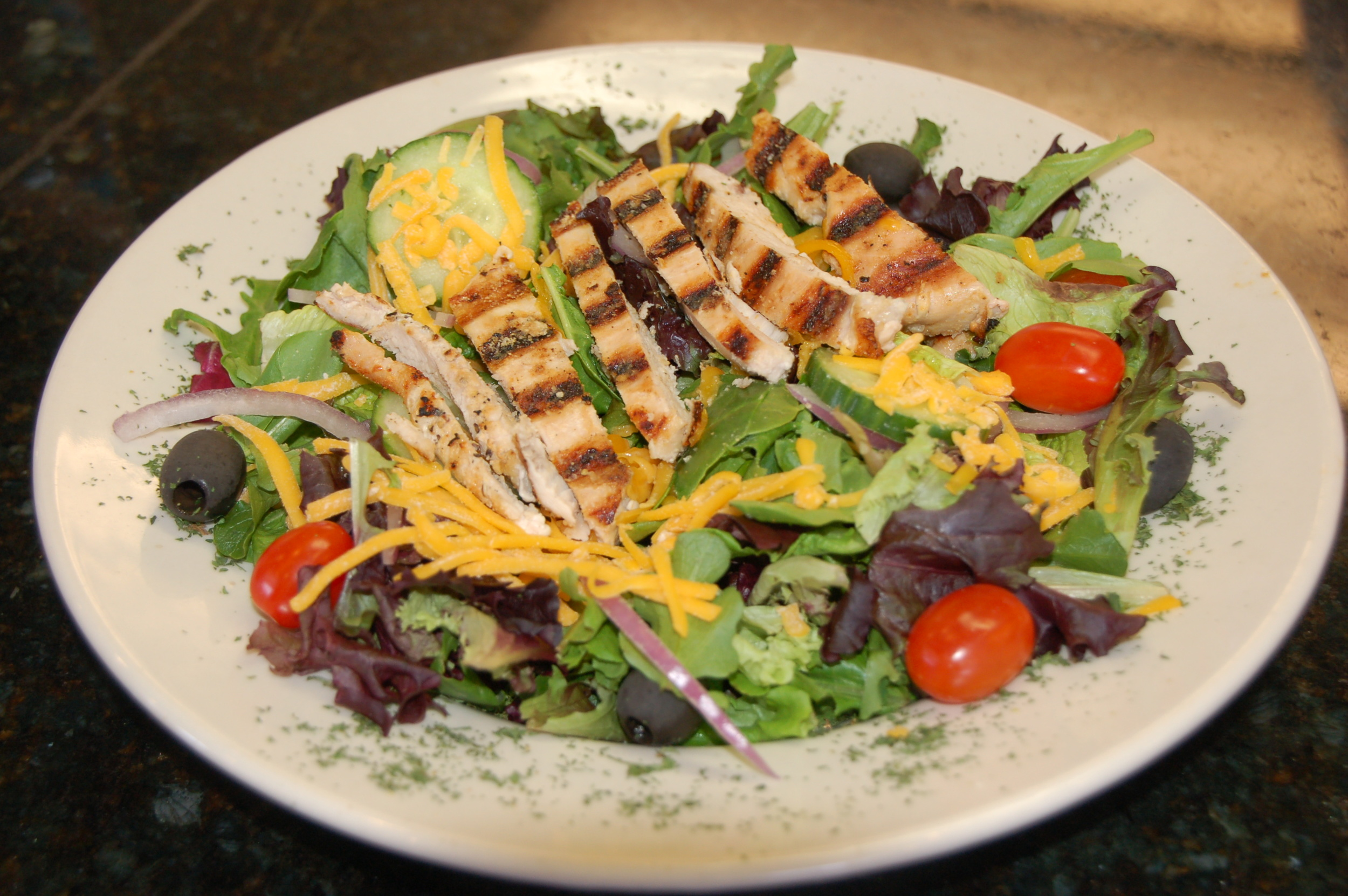 Salad-Grilled-Chicken.jpg