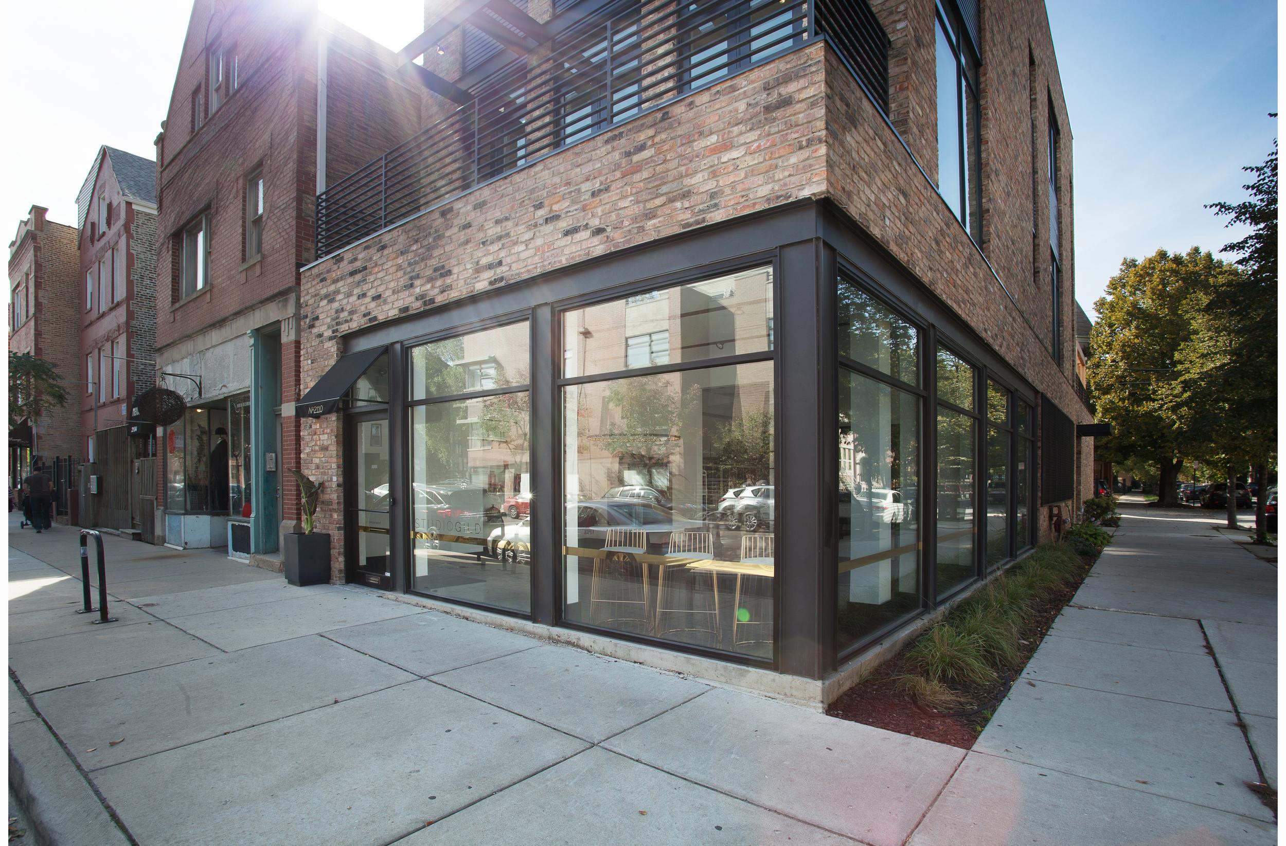 bucktown2_exterior_storefront.jpg