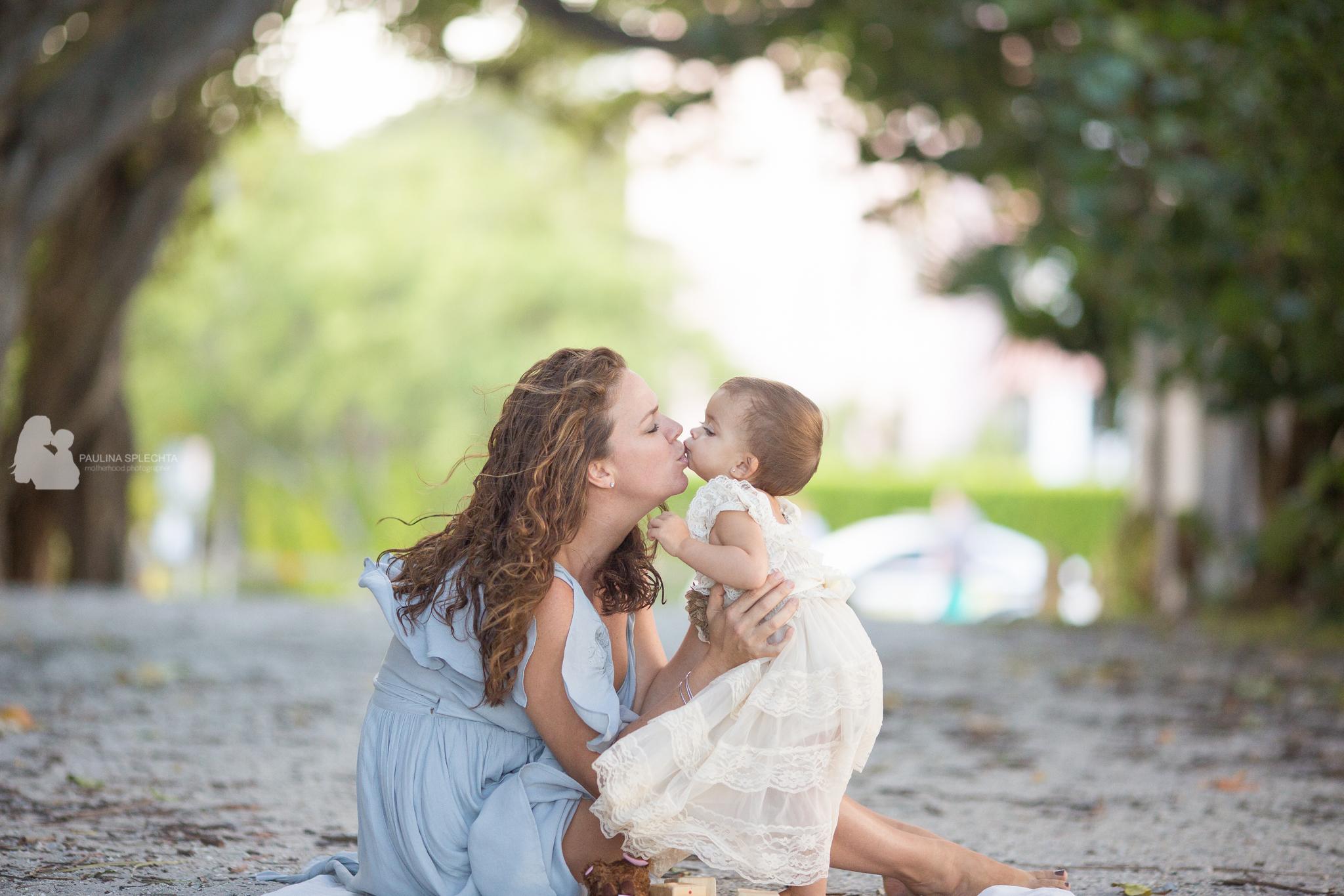 birth-photographer-breastfeeding-family-child-newborn-cake-smash-pregnancy-maternity-19.jpg